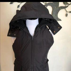 🍂 //Ann Taylor\\ Fur insulated hood vest